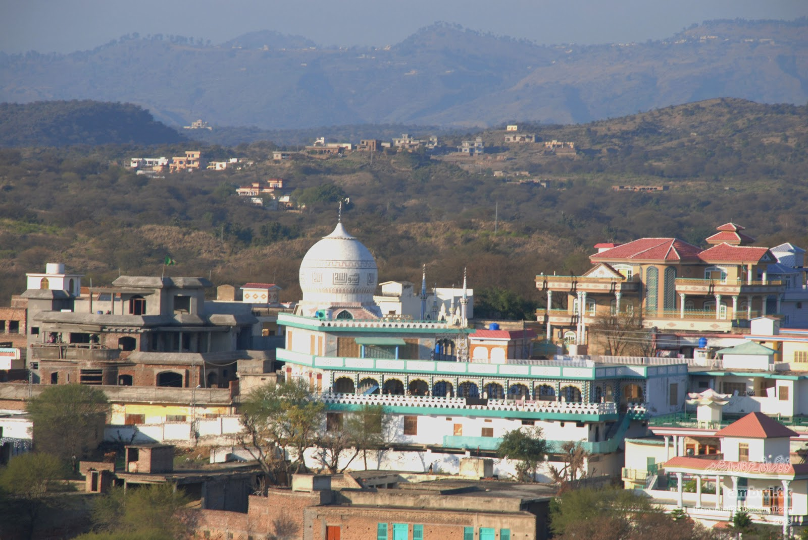 Islamabad-Taobutt-Neelum Valley Tour - Keran, Azad Kashmir Mirpur azad kashmir houses pictures