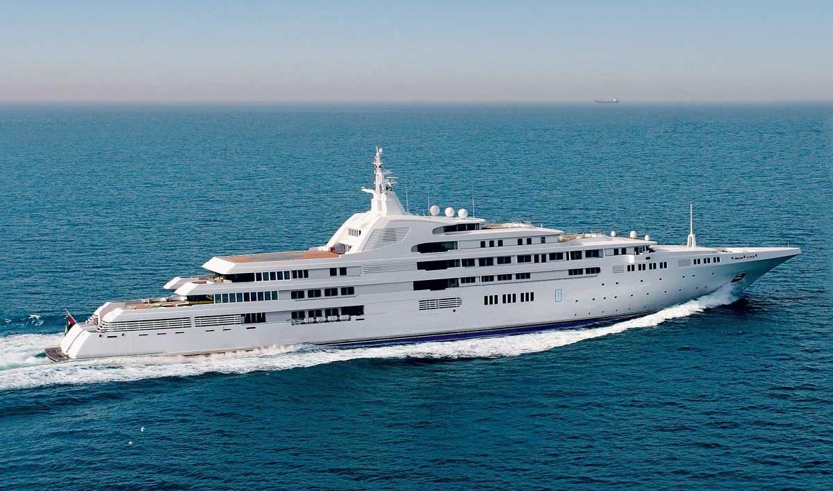 Mega Yacht Dubai