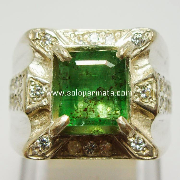 Batu Permata Zamrud Emerald Beryl - Sp015