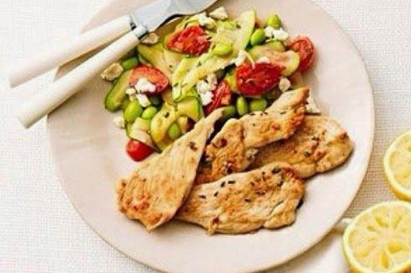 وجبة عشاء صحية خفيفة - الدجاج بالكسكس والخضار