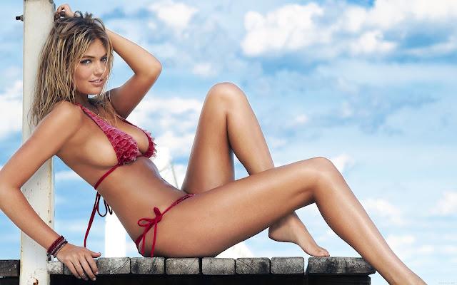 Kate Upton Bikinis de Playa