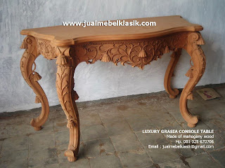 Supplier Indonesia Classic Furniture Supplier Classic Carved Console table mahogany supplier fine classic carved console table jepara furniture supplier console mahogany