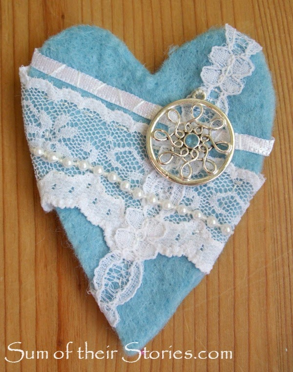 felt and lace heart brooch