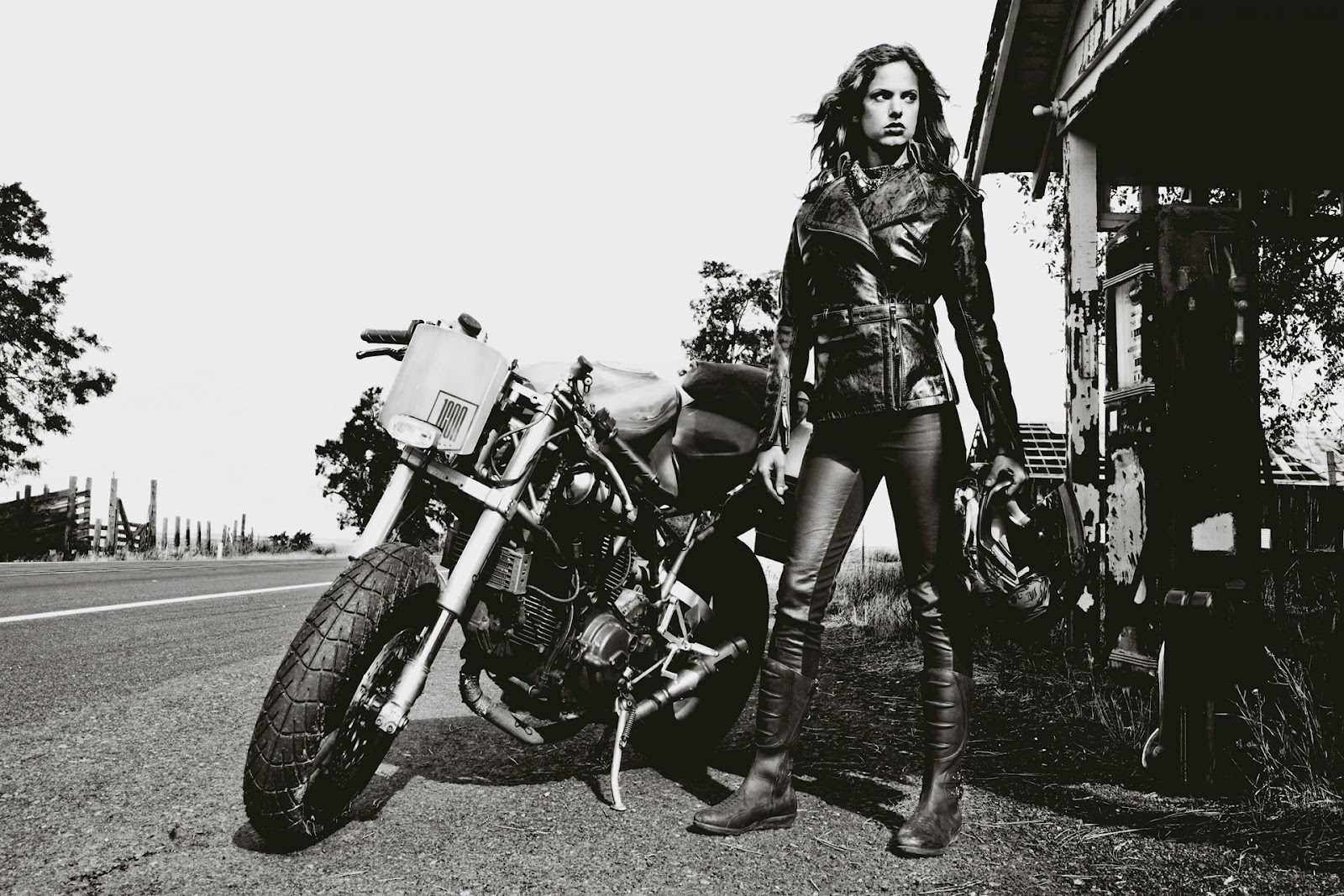 Cafe Racer Female Market