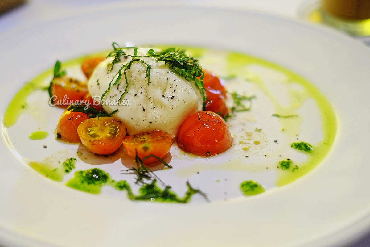 Fresh Puglia Burrata (www.culinarybonanza.com)