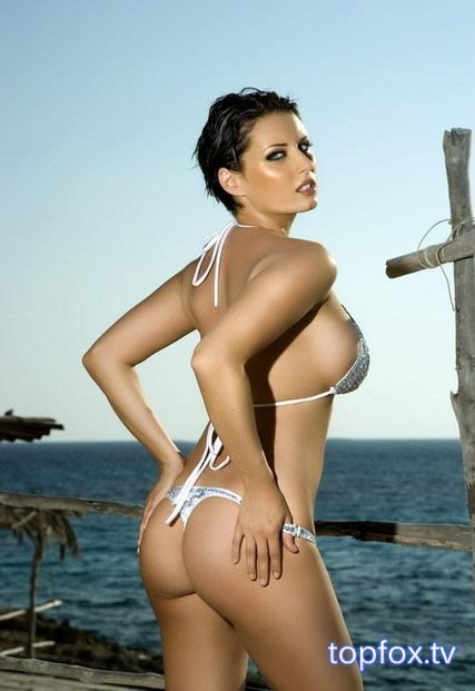 Sammy Braddy Sexy in Bikini