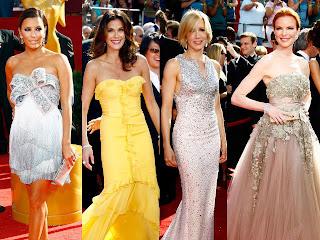Celebrities Posing in Red Carpet