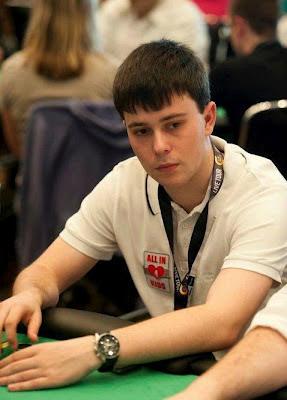 """Regular am Pokertisch: Pascal Goffart legt dabei viel Wert auf die Auswahl seines """"Spielplatzes""""."""