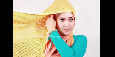Cara memakai Hijab Jilbab Pashmina Cantik Modern Simple Kreasi Casual RajutTerbaru
