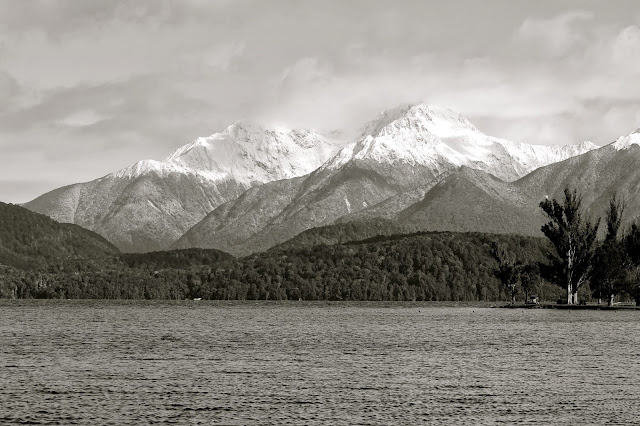 te anau mountains new zealand