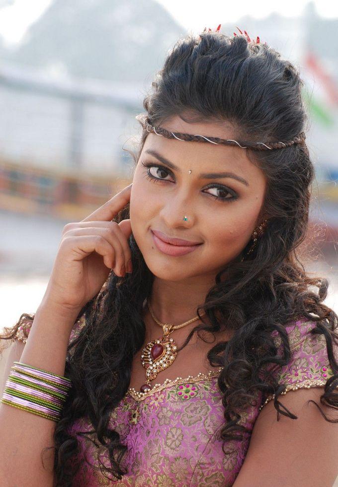 kollywood tamil actress amala paul beautiful still galllery images in