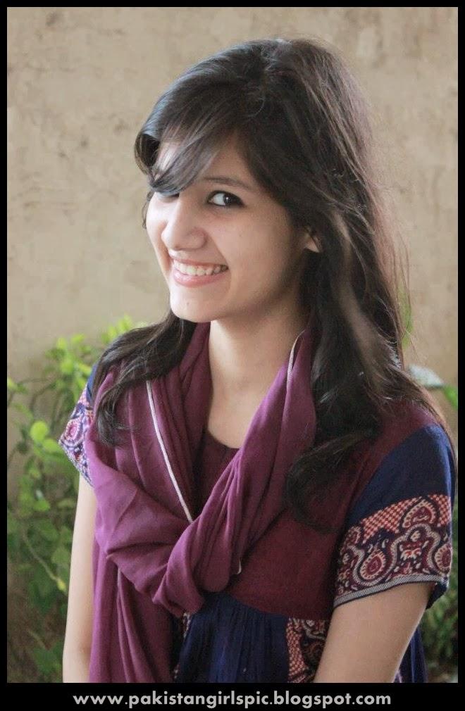 PAKISTANI GIRLS | wallpapers 2011