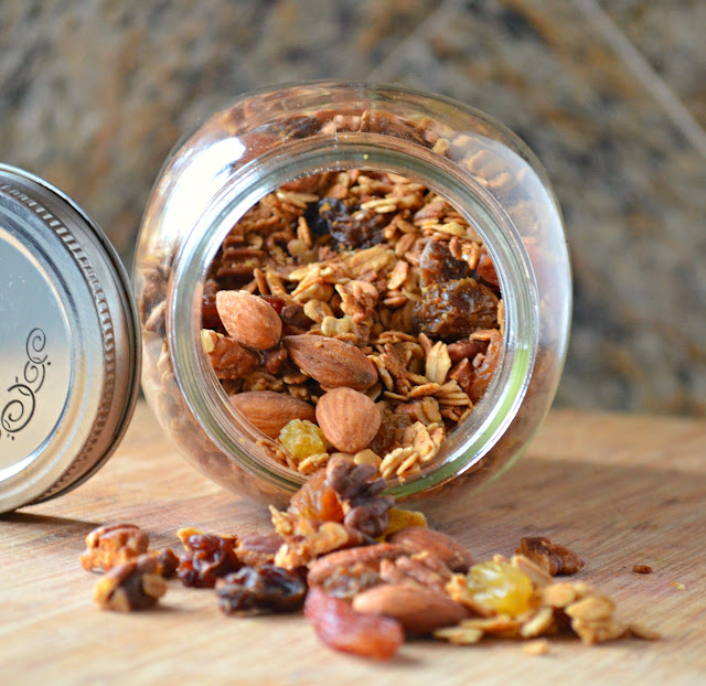 Vanilla Honey Nut Raisin Granola