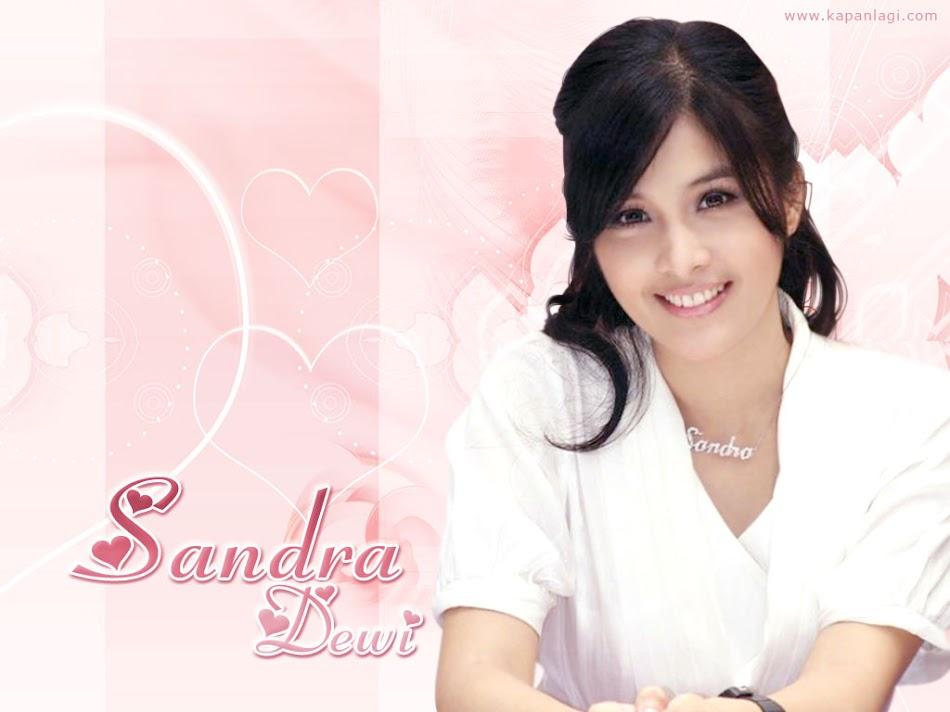 *_sandra dewi_*