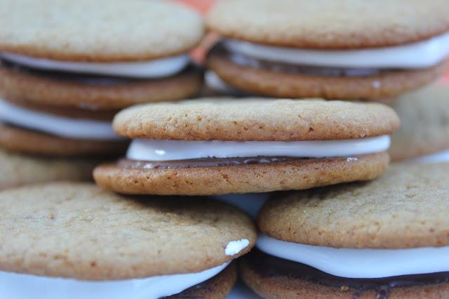 S'mores sandwich cookies