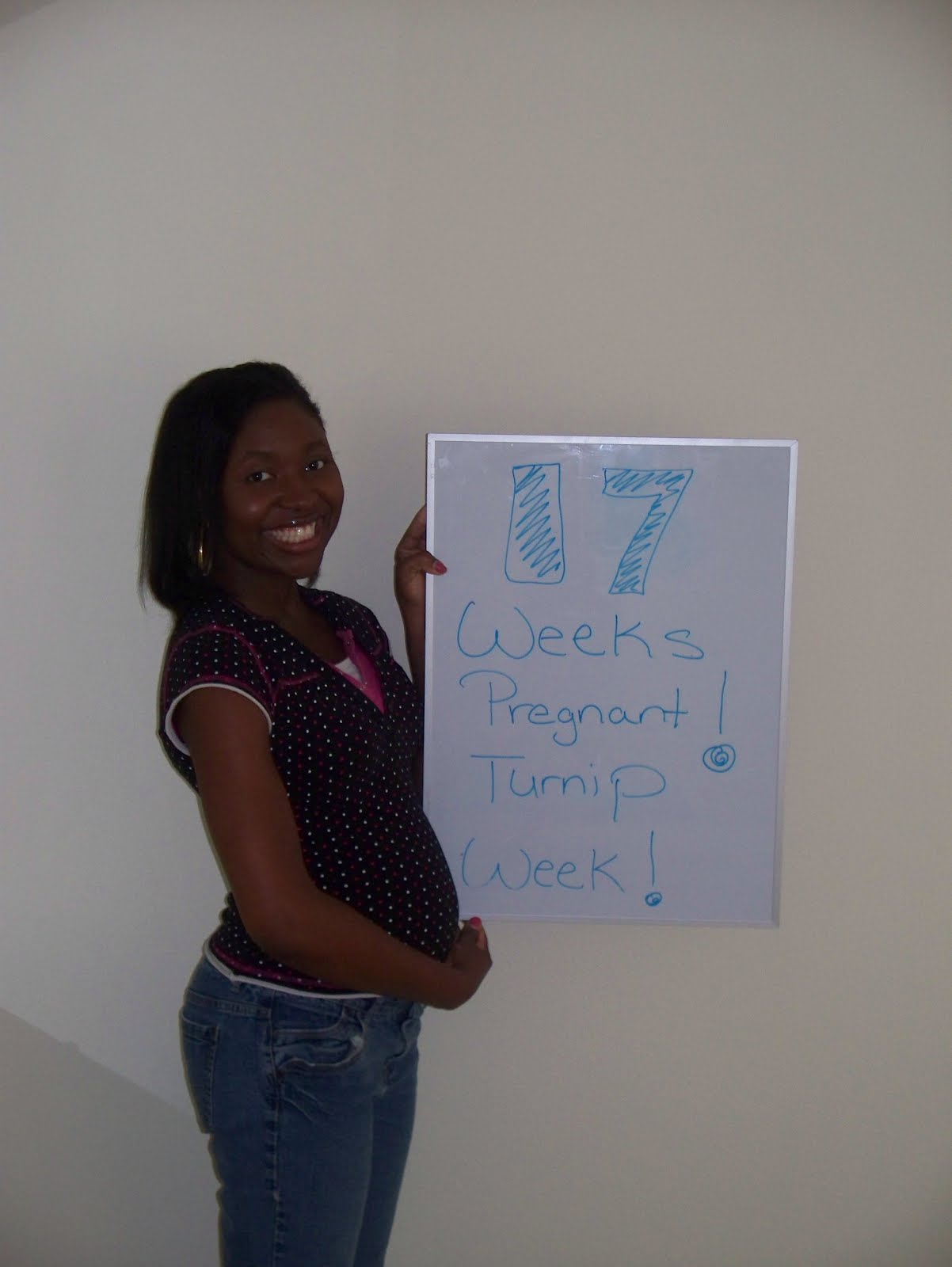 First King Baby on the Way!: 17 Weeks Pregnant! (Turnip Week)