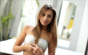 Free Picture - feminax%2Bsexy%2Bgirl%2Baaliyah_56333%2B-00-768755.jpg