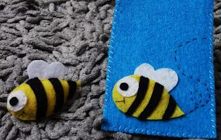 broche de fieltro de abeja