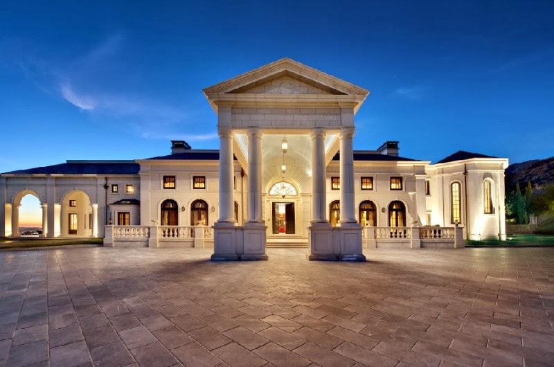 Passion For Luxury Luxury Mansion In Bradbury Estates
