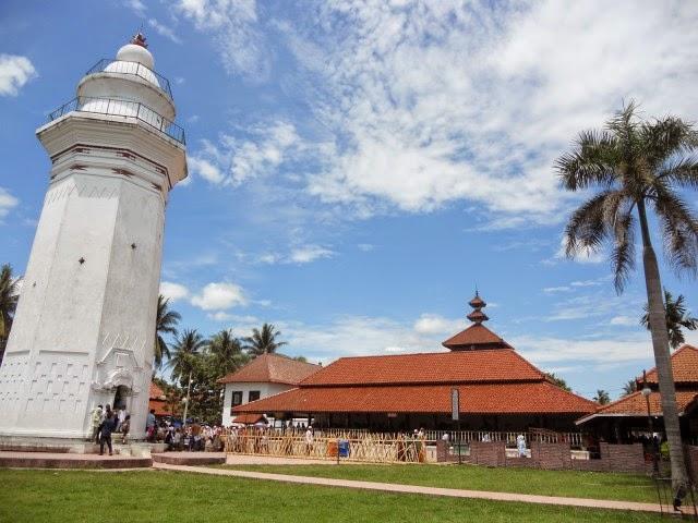 Masjid Agung Banten - 1552-1570