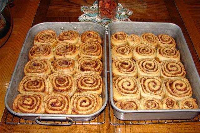 Get it: Pioneer Woman's Cinnamon Rolls