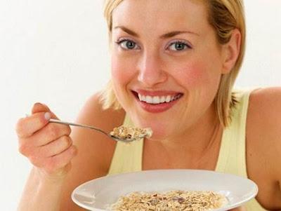 الابطاء في تناول الطعام يساعد على حل مشكلة زيادة الوزن 436x328_73580_175218