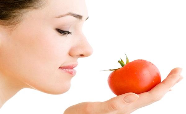 Como Acabar com a Oleosidade da Pele com Tomate