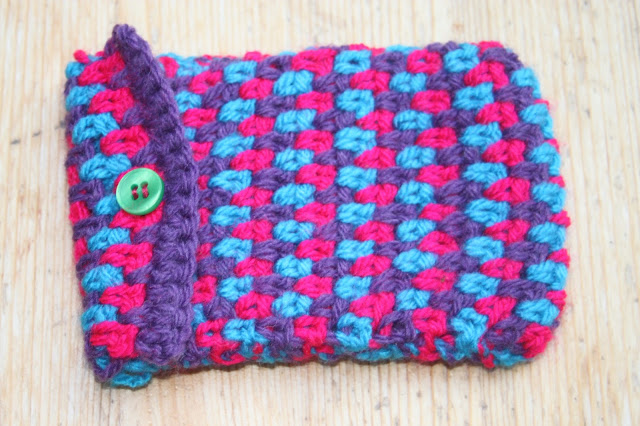Moss Stitch Crocheted Camera Case