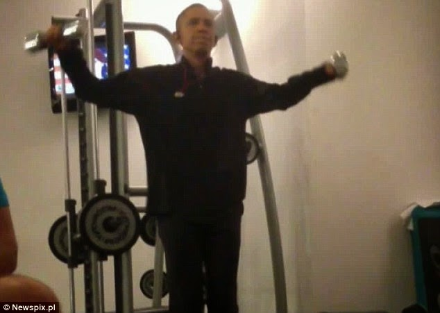 Funny Barrack Obama Workout, Barrack Obama working out, Barrack Obama Gym, funny Obama, President Obama funny