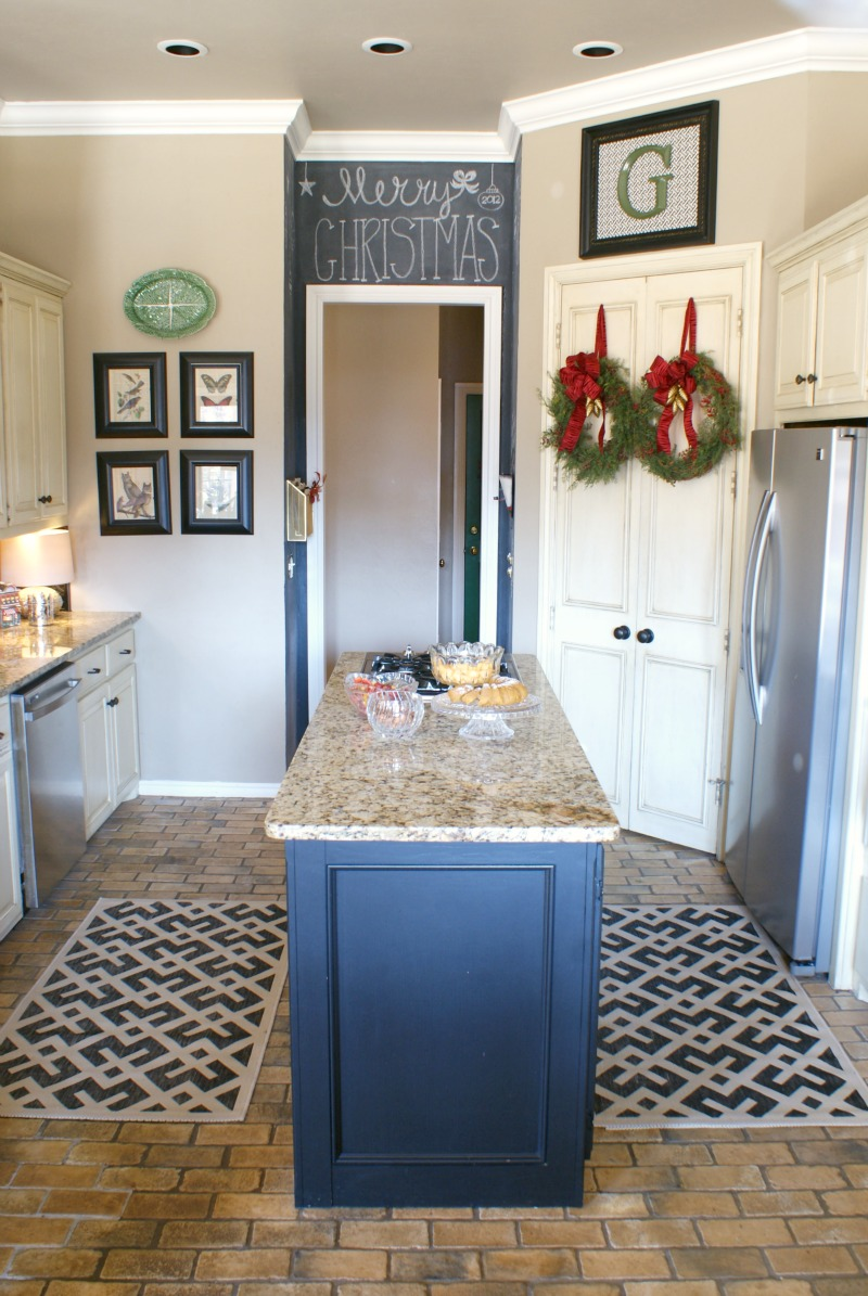 WHY I LOVE INDOOR OUTDOOR RUGS IN THE KITCHEN