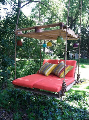 Pallet-Swing-Bed-