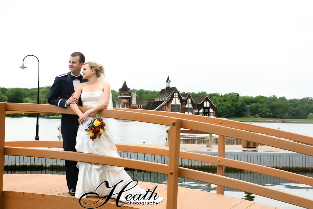 nicole and wayne came all the way from australia to have there wedding in the thousand islands at boldt castle heath photography had a wonderful time with