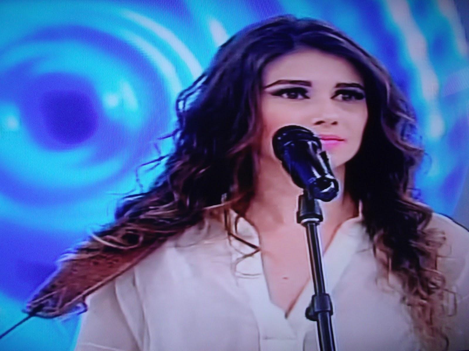 PAULA FERNANDES NO PROGRAMA DA ELIANA (17/06/2012)
