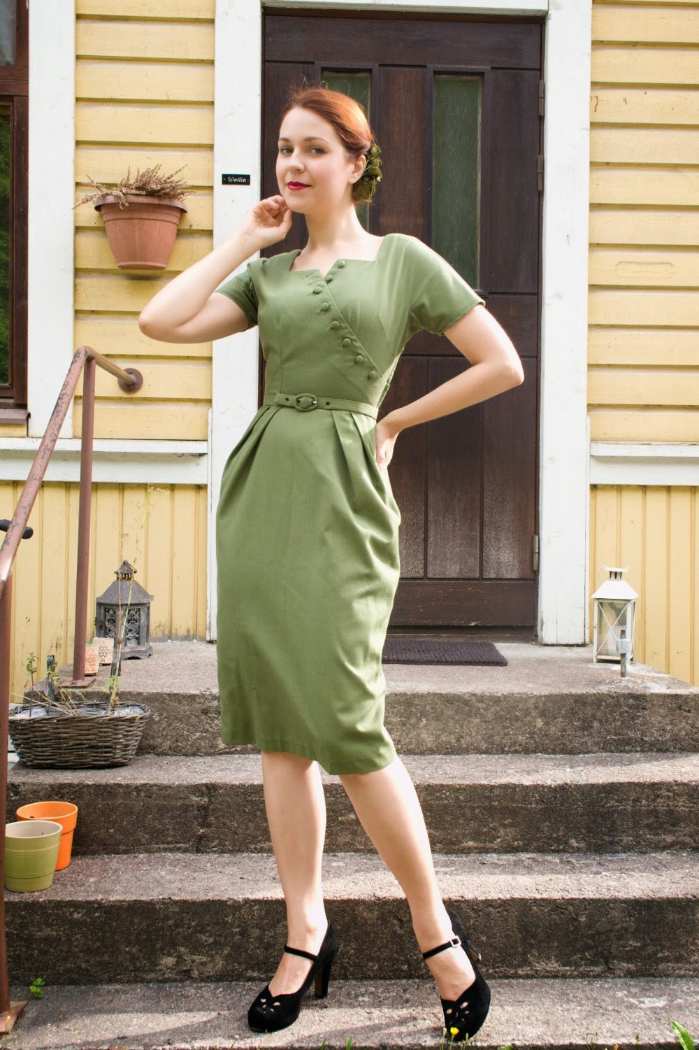 50s reproduction dress in green by Cherise
