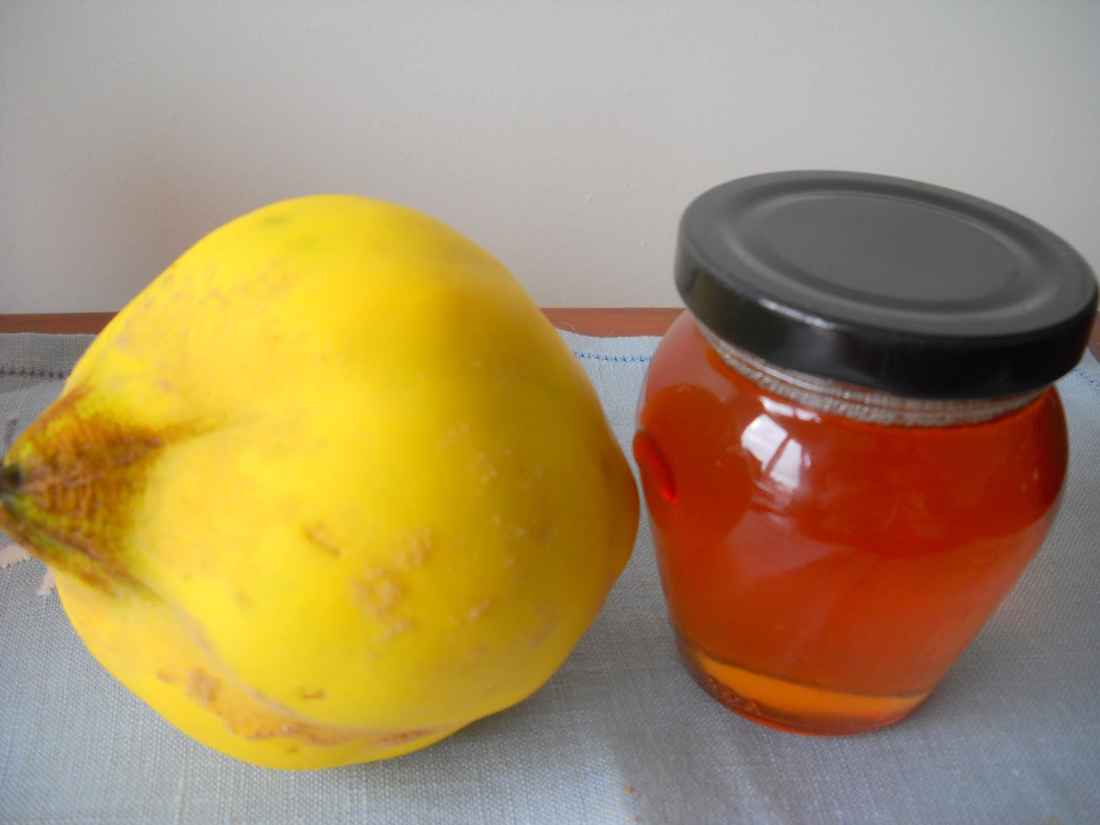 jelly and jam three pepper jelly medlar jelly champagne jelly quince ...