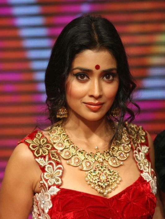 Shriya Saran Walks on ramp at Swarovski Gems Gem Visions India