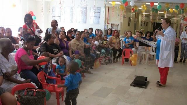 """Maternidad de Los Mina y Club de Leones del Ozama celebra tercer aniversario del programa """"Madre Canguro"""""""