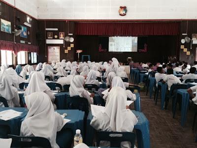 Ceramah Sains PT3 di SMK Tanjung Pauh