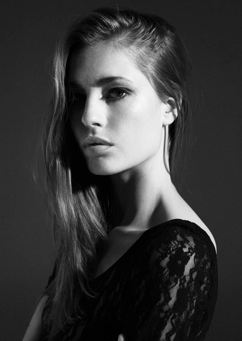 Daniela Lazar photos