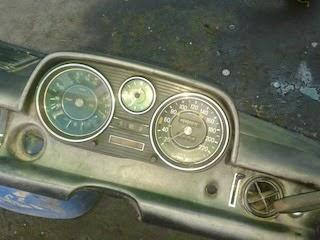 คอนโซล BENZ W114
