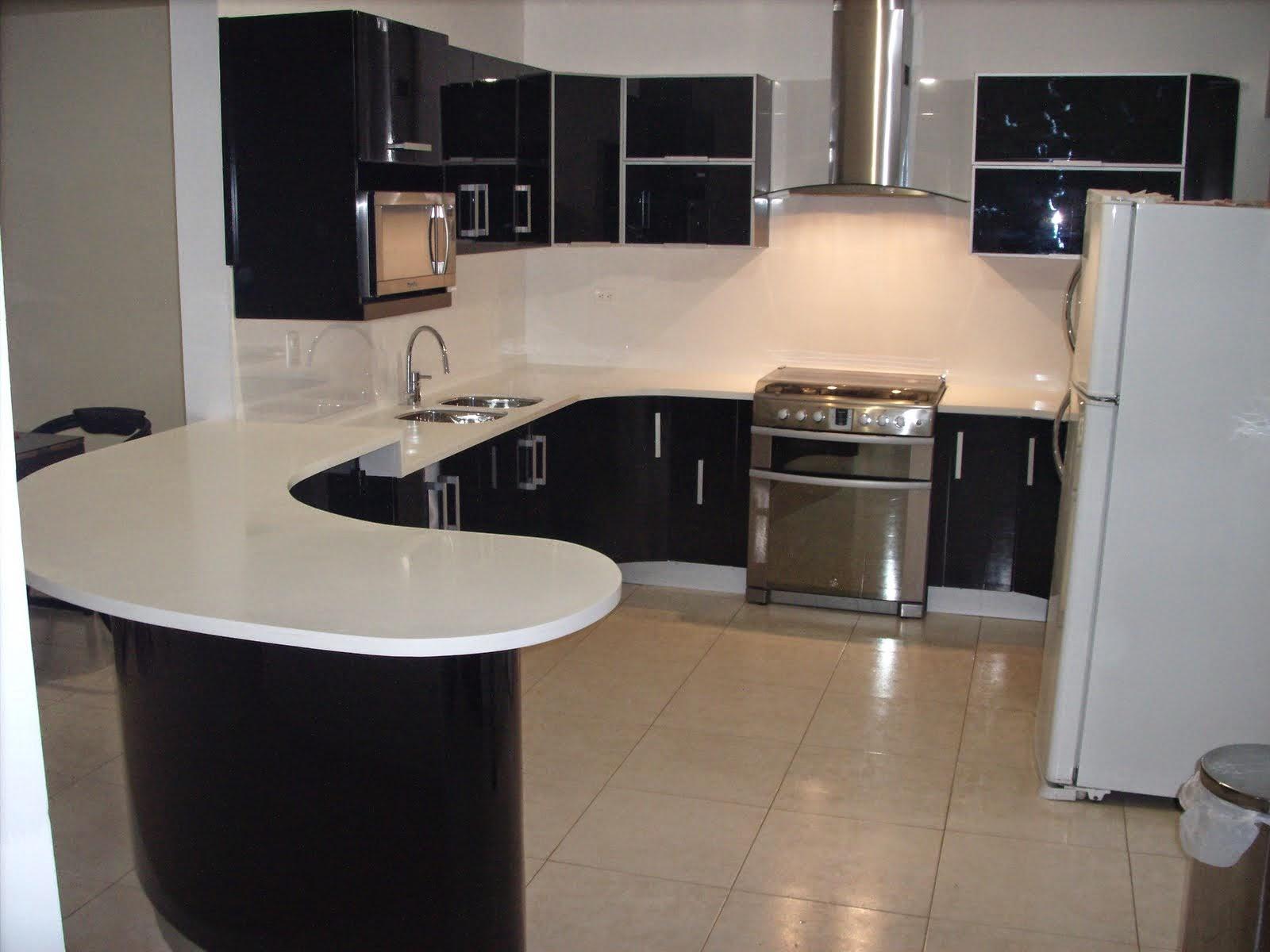 Decora hogar 10 cocinas peque as decoradas y pr cticas for Cocinas en escuadra pequenas