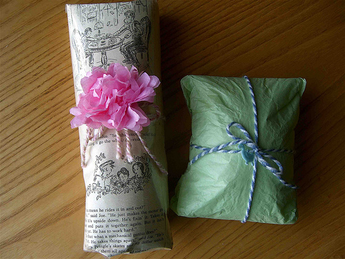 Bookish Wrapping Ideas Tips The Midnight Garden