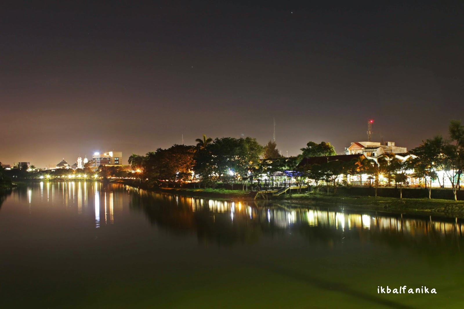 Krueng Aceh Sudut Kota Malam Hari