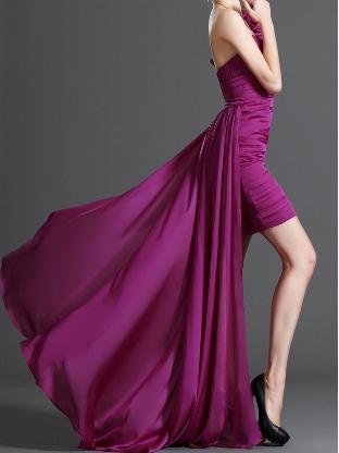 Önü kısa arkası uzun mor abiye elbise modeli
