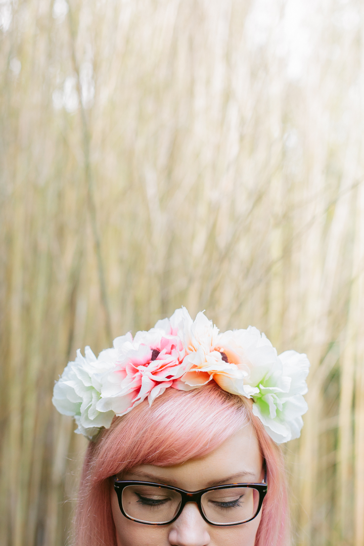 girls with glasses, 2020 opticians, Scottish blogger, peach hair DIY, blogger favourite hairstyle,Miss West End Girl, Claire's accessories flower crown, bamboo garden, Royal Botanical Garden Edinburgh