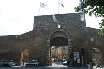 Porta de São Marcos - Siena