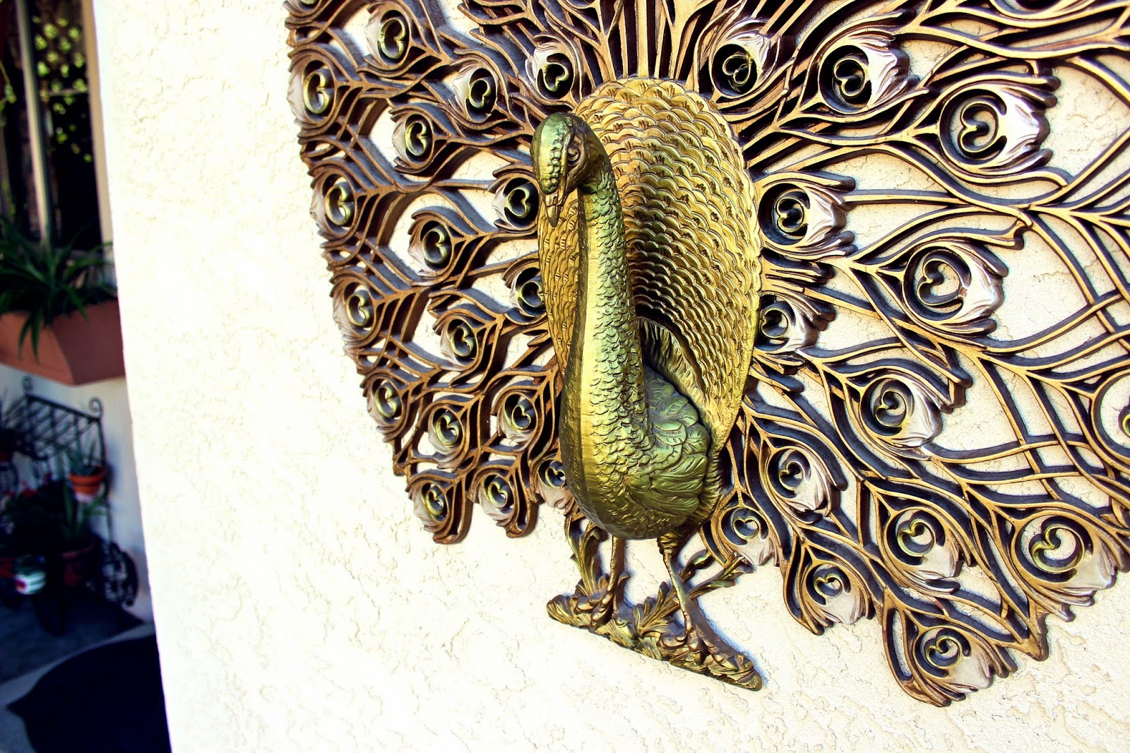 Vintage peacock wall decor : Vintage finds peacock wall decor thee kiss of life