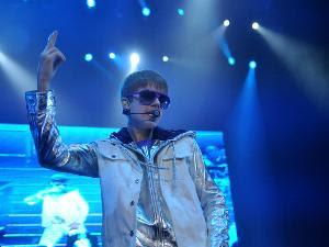 Download Foto Konser Justin Bieber di Jakarta