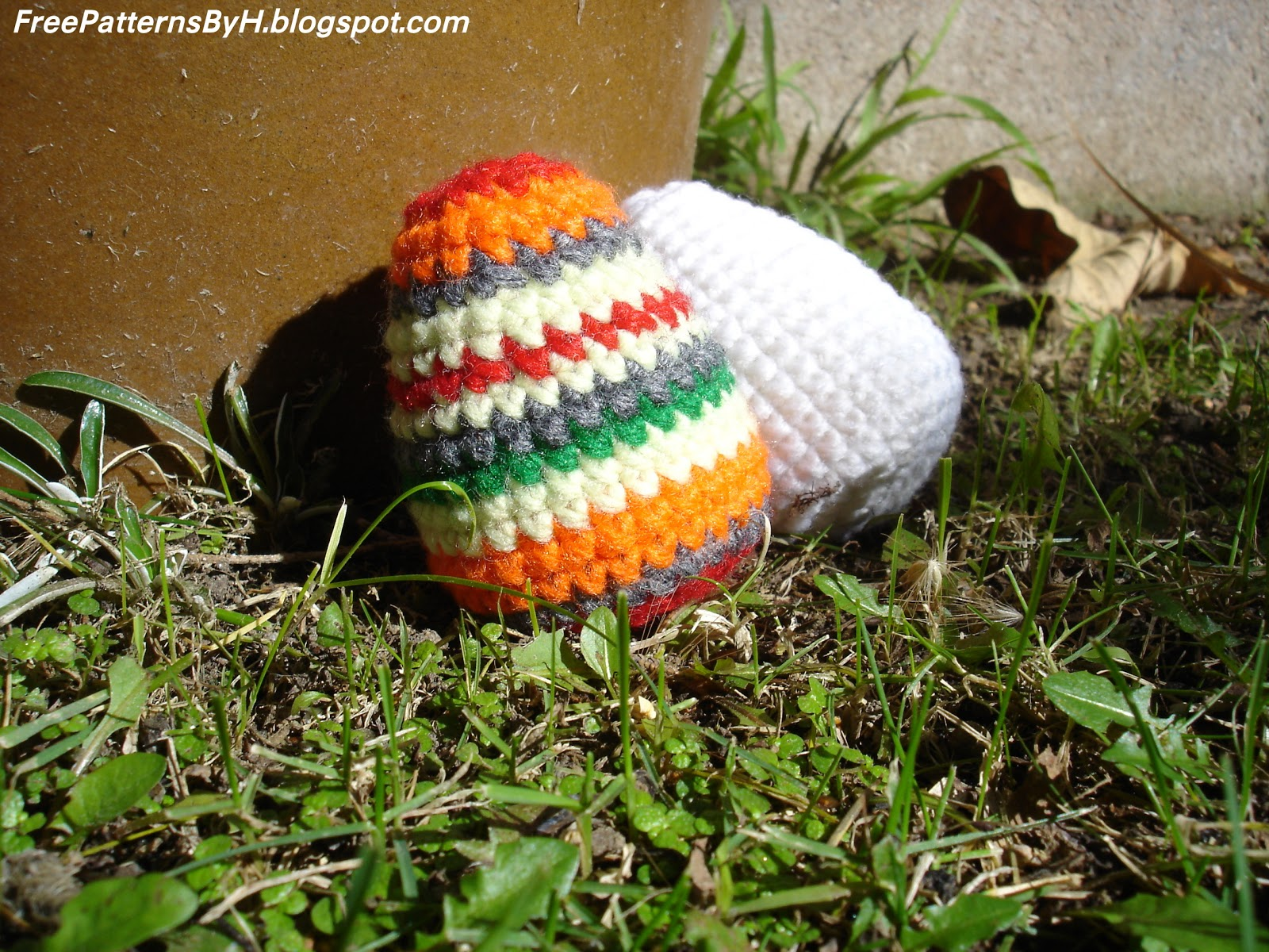Amigurumi Easter Eggs Crochet Pattern : Free Patterns by H: Easter Egg Amigurumi