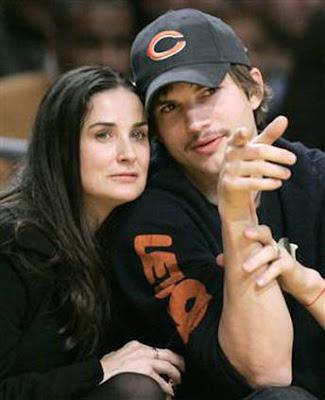 Ashton Kutcher wuth Demi Moore